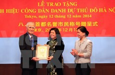 Hanoi awards honorary citizenship title to two Japanese