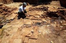 Vestiges of ancient village found on northern riverbank