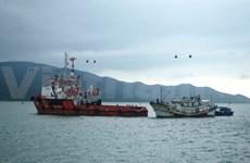 Drifting Chinese ship towed to Nha Trang port