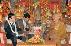State President meets Cambodia's Great Supreme Patriarchs