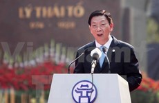 Hanoi resolved to achieve faster economic growth in 2015: Chairman
