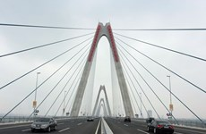 Noi Bai Airport's Terminal T2, Nhat Tan Bridge inaugurated