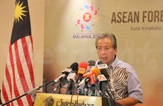 ASEAN makes all-out efforts to launch Community late 2015