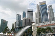 Singapore eases monetary policy