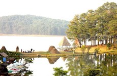 Exploring record-making sites in scenic Da Lat