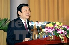 President urges accelerating growth model renovation