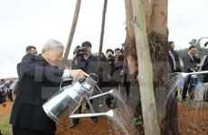 Party chief visits Hanoi hi-tech park