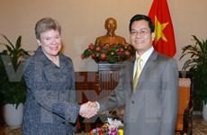 US Under Secretary of State welcomed in Hanoi