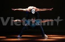 German, Vietnamese dancers stage hip-hop show