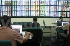 Markets fall on foreign sell-offs