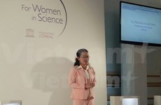 First Vietnamese woman wins L'Oreal-UNESCO award