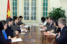 Vietnam asks for Global Fund's continuous support in HIV/AIDS fight