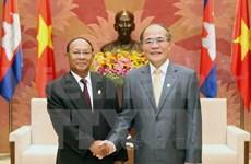 Vietnam, Cambodia top legislators meet in Hanoi