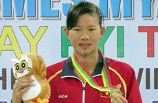 Anh Vien wins gold at US swimming championships