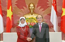 Vietnam, Singapore parliaments increase partnership