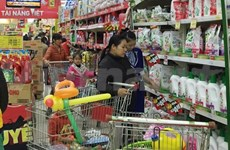 Supermarkets tap into domestic retail sector