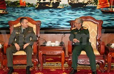 Vietnamese defence official greets Russian defence attaché