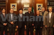 Vietnam sciences academy looks to tighten cooperation with Iran