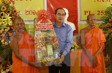 New Year wishes to Khmer ethnics in Can Tho