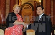 President Truong Tan Sang greets Norwegian guest