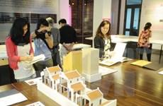Exhibition features Hanoi ancient streets