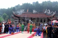 Rituals held to commemorate Lac Long Quan, Au Co