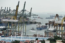 Singapore sees lower unemployment rate