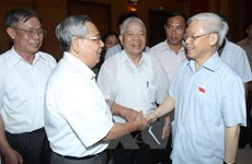 Party leader meets constituents in inner Hanoi