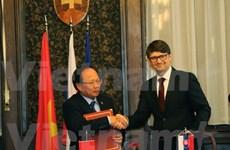 Culture helps cement Vietnam-Slovakia ties