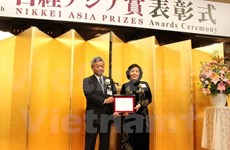 Vinamilk CEO picks up Nikkei Asia Prize