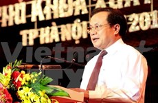 Hanoi's leaders greet Russian Ambassador