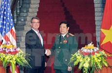 Vietnam, US defence chiefs hold talks