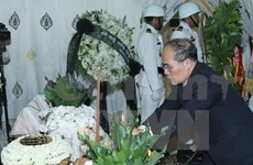 Vietnam top legislator pays tribute to late Cambodian Senate President