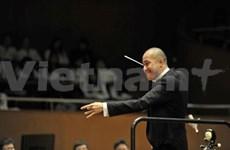 """""""Mozart & Beethoven"""" concert held in Hanoi"""