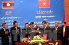 Vietnam, Laos ink border trade agreement