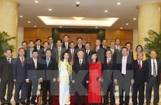 Party leader meets with incoming Vietnamese diplomats