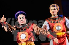 Classical dramas take to the streets in Da Nang city