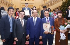 Bua Liem Vang Press Awards affirms political stance of journalists