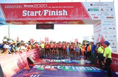 Nearly 2,000 runners compete in 61st Tien Phong Newspaper Marathon