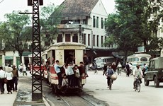 German photographer exhibits snapshot of Hanoi chronicles