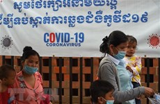 Cambodia, Laos highlight importance of multilateral cooperation in COVID-19 battle