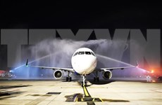 Vietravel Airlines' plane lands in Phu Bai airport for first time