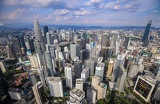 Malaysian central bank keeps growth forecast at 6 - 7.5 percent for 2021