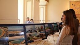 Vietnamese land, people spotlighted at photo exhibition in Ukraine