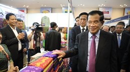 Vietnam – Cambodia model border market inaugurated