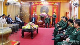Lao officials pay Tet visit to Nghe An province