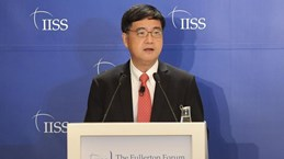 Vietnam attends Fullerton Forum in Singapore