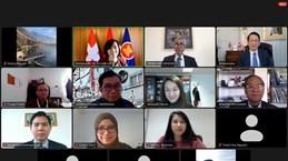Vietnam hands over Chairmanhip of ASEAN Committee in Bern to Philippines