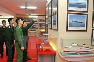 Exhibition on Truong Sa, Hoang Sa opens in Hanoi
