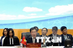 Vietnam reiterates stance on East Sea issue in Laos